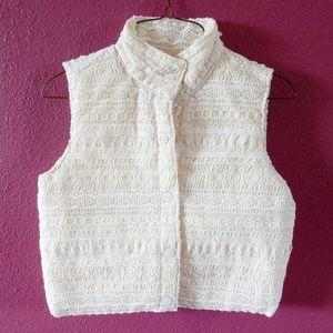 Xhilaration sleeveless jacket / vest